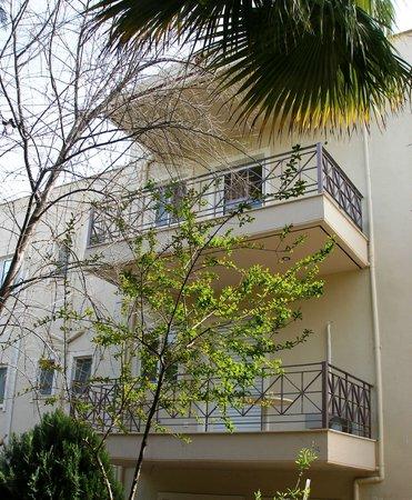 Areti-Maria Apartments : Εξωτερικός χώρος