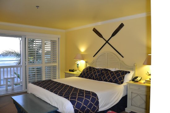 Avila Lighthouse Suites: King Master Suite Deluxe Ocean Front