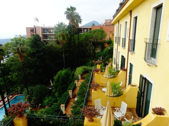 Hotel Villa Belvedere: View from side window