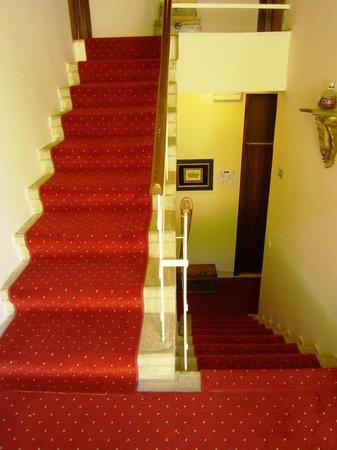 Villas Arbia - Villas Rio & Magdalena: Villa Magdalena staircase