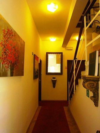 Villas Arbia - Villas Rio & Magdalena: Villa Rio hallway