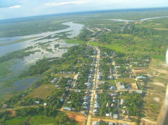 Royal Inn & Casino Hotel: Iquitos desde el aire