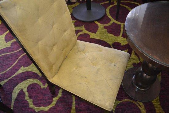 Homewood Suites by Hilton Oxnard/Camarillo : Chair in restaurant ;-((((
