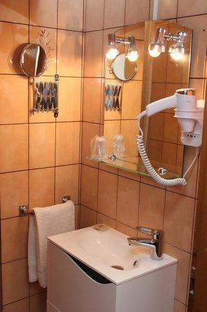 Relais Diane : salle de bains