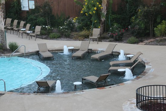 Holiday Inn Express & Suites Fredericksburg : Pool area, best around