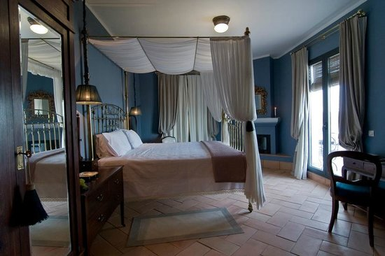 CASA VESTA: Blue Suite