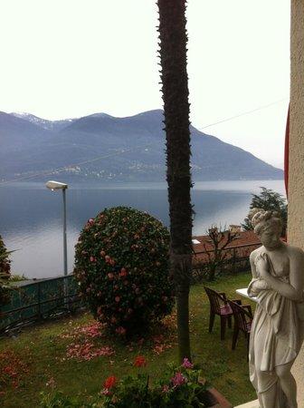 Hotel Primavera : Vue depuis l'entrée