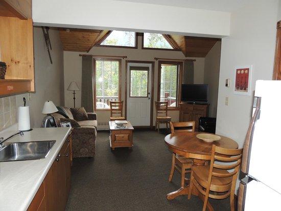 Paradise Lodge & Bungalows : little apartment