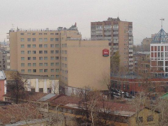 Гостиница Ибис Москва Павелецкая: Вид отеля снаружи