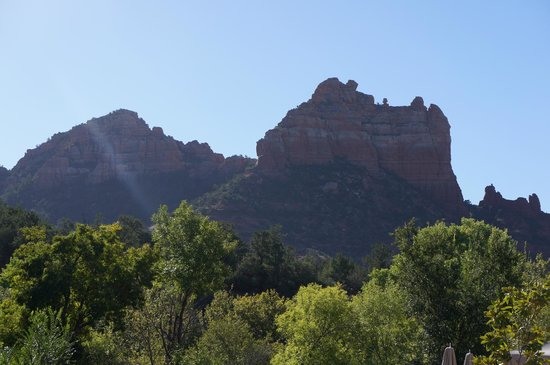 Kimpton Amara Resort & Spa : View from breakfast... snoopy rock on the right