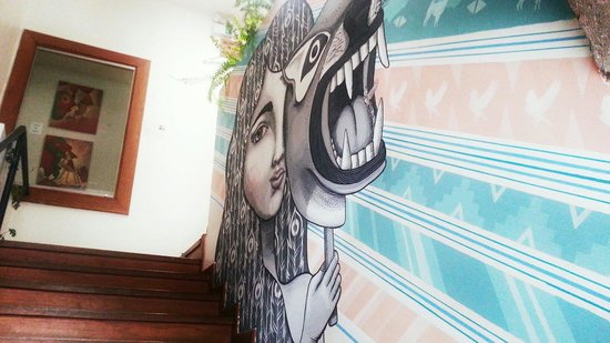 Kokopelli Hostel: Mural arts all over the hostel. Love it ♡