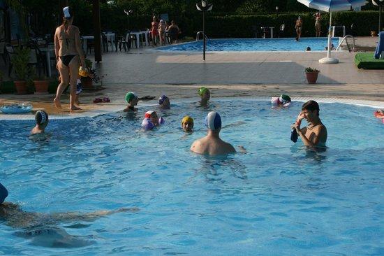 Badolato, Italy: le due piscine comode