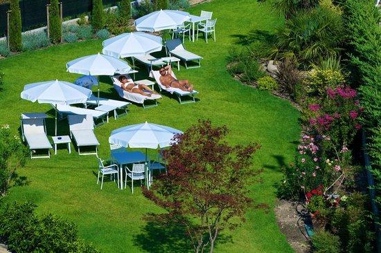 Enjoy Garda Hotel: garden