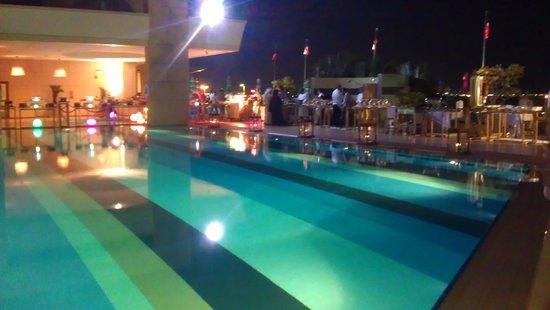 Symphony Style Hotel Kuwait : Buffet arae