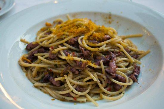 Ristorante Sangallo Ai Coronari : Spicy spaghetti with tiny whole cuttle fish