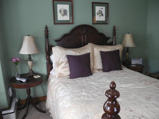 Brewster House Bed & Breakfast: Pemaquid Room