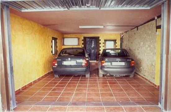 Villanueva de Arriba, Spanien: Garaje
