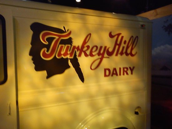 Turkey Hill Experience: sign