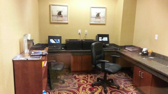 Courtyard Bloomington by Mall of America: Business Room