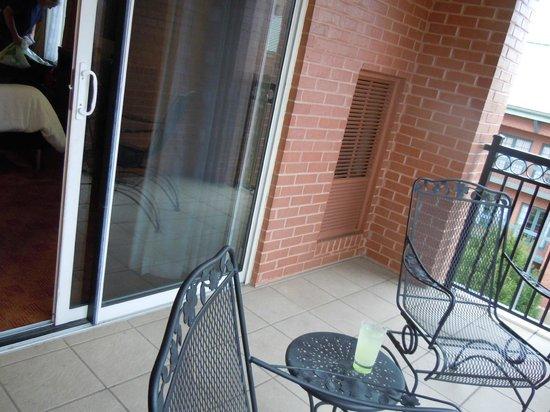 Hilton Garden Inn Chattanooga Downtown : Corner Balcony