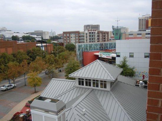 Hilton Garden Inn Chattanooga Downtown : Hamptonn Inn and Suites Downtown
