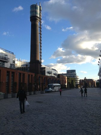 Generator Hostel Dublin: Smithfield Square - Generator to the left near the tower