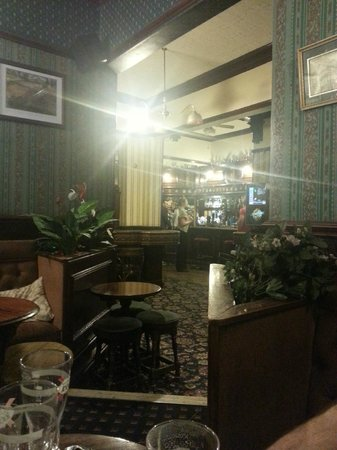Commercial Hotel: отель