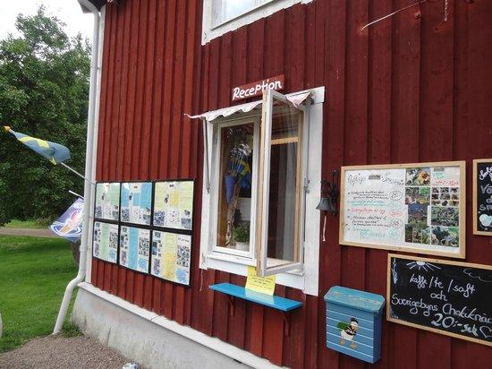 Lilla Sverigebyn: Reception