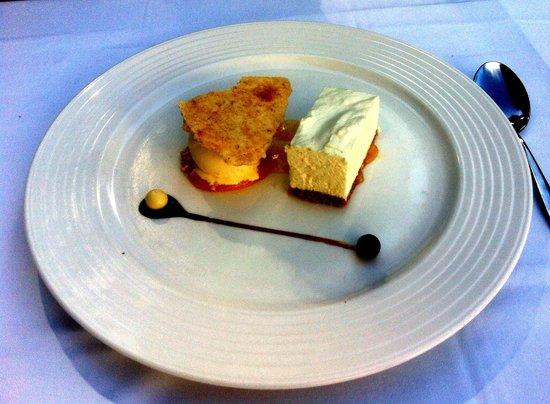 Los Laureles : Lemon cheesecake