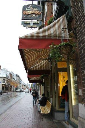 Erico - Creative Chocolate Shop and Chocolate Museum : Streetside