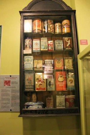 Erico - Creative Chocolate Shop and Chocolate Museum : Chocolate tins