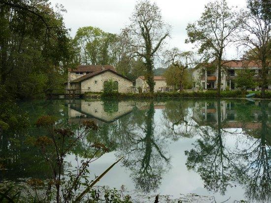 La Source Bleue: le moulin (restaurant)