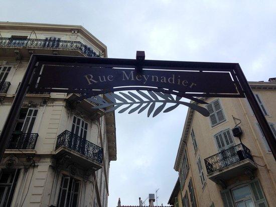 Rue Meynadier: Lovely street