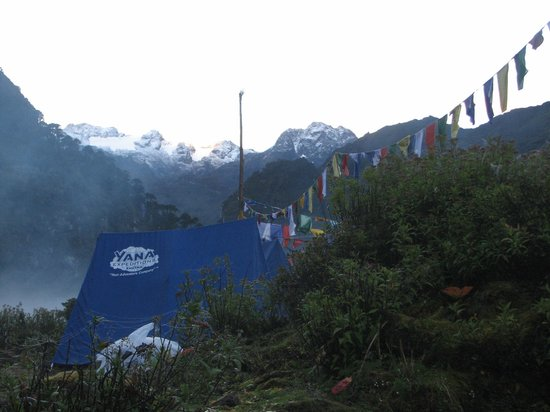 Mongar, Bhutan: Camping at 3775 m above sea level
