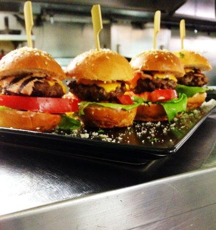 Palia Agora: Burger bits