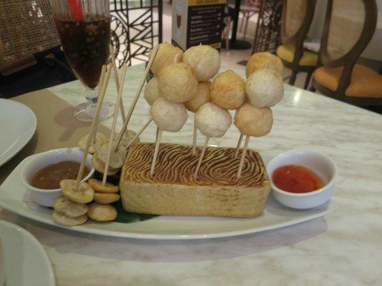 Corazon Hispano Filipino : fish ball and squid ball appetizers