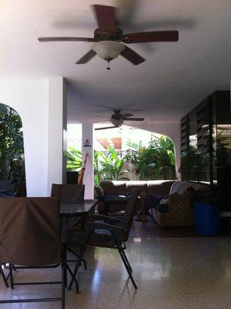 Los Mostros Hostel: Outside area