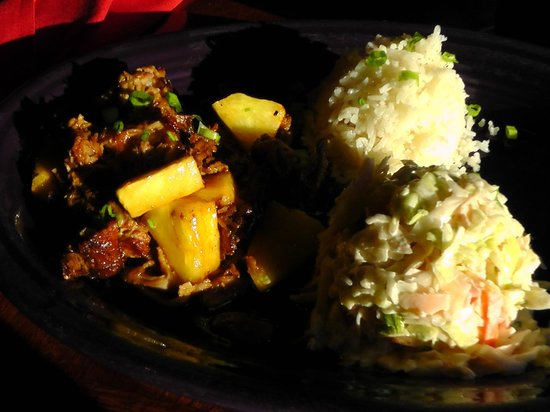 Hula's Island Grill : Pulled Pork with rice