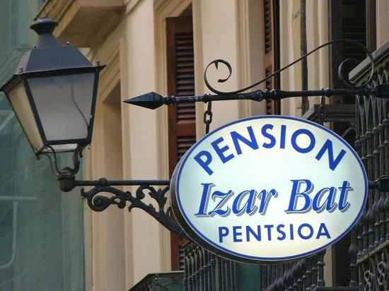 Pension Izar Bat: Pensión