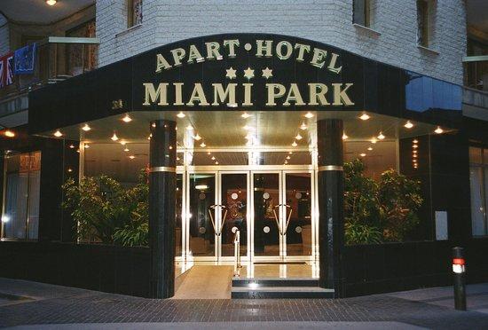 Aparthotel Miami Park : Entrada