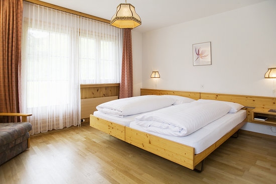 Schorta's Hotel Alvetern: Doppelzimmer Typ A