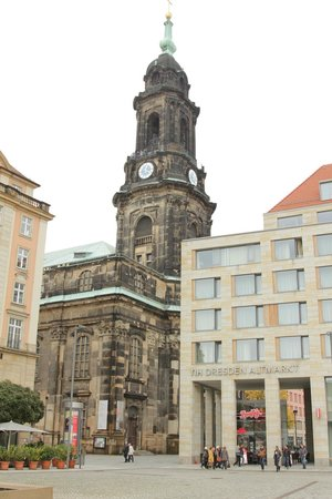 NH Collection Dresden Altmarkt : Kreuzkirche