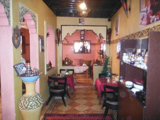 Dar El Walidin Chez Jamjami Monssif: 3