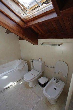 Casa do Tarela: baño habitación especial