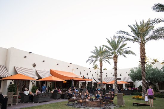 The Wigwam Bar: Wigwam Bar Outdoor Courtyard