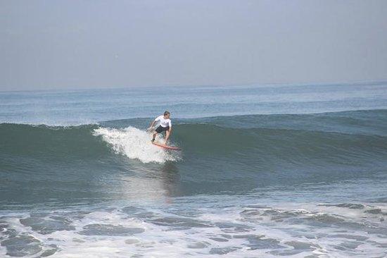 The Chillhouse - Bali Surf and Bike Retreats: Surfing Pig Stone Beach