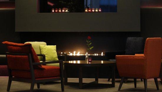 Grand Hotel Reykjavik: Torfastofa Lounge