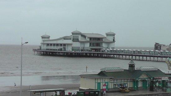 Premier Inn Weston-Super-Mare (Seafront) Hotel: Weston Pier