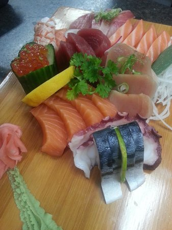 Ta-Ke Sushi: sashimi - ikura, tuna, albacore tuna, salmon, saba