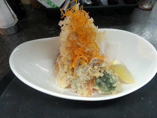 Ta-Ke Sushi: shrimp & veggie tempura appetizer